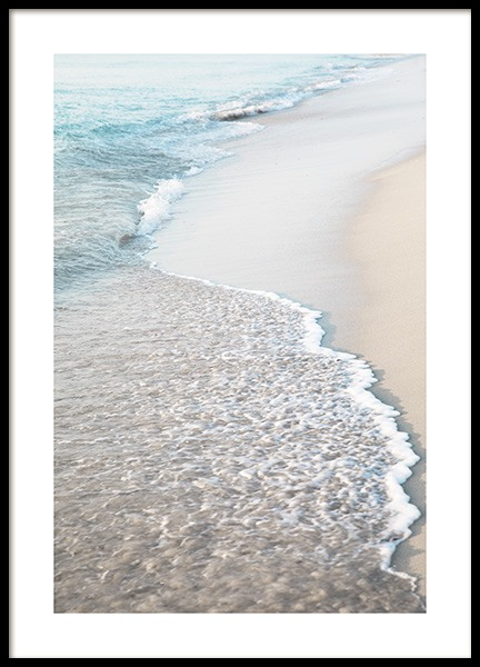 Blue Beach Wave Poster in the group Posters & Prints / Nature / Tropical at Desenio AB (10849)