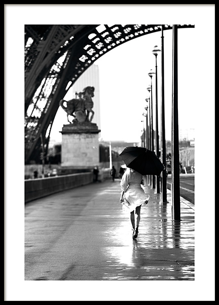 Walking in Paris Poster in the group Studio Collections / Studio Cosmopolitan at Desenio AB (11331)