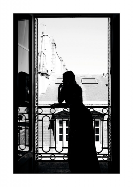 Woman in window Poster in the group Posters & Prints / Black & white at Desenio AB (11343)