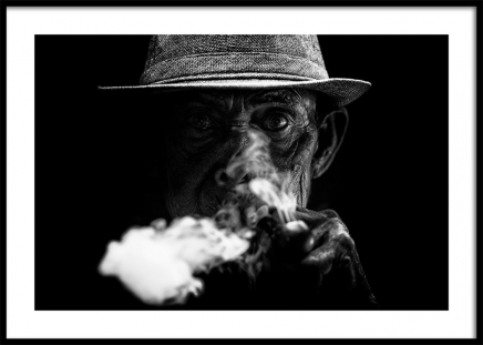 Old Man Smoking Poster in the group Posters & Prints / Black & white at Desenio AB (11489)