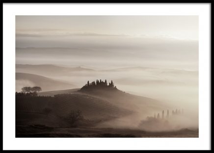 Tuscany Valley Poster in the group Posters & Prints / Nature at Desenio AB (11522)