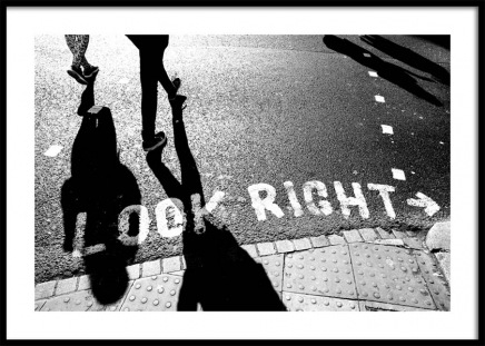 Look Right Poster in the group Posters & Prints / Photography at Desenio AB (11679)