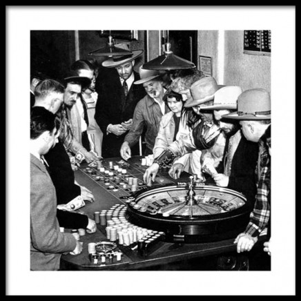 Wooing Lady Luck Poster in the group Posters & Prints / Black & white at Desenio AB (11681)