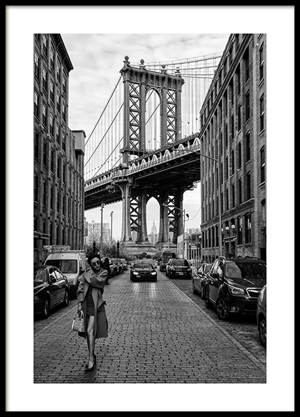 Woman by Manhattan Bridge Poster in the group Posters & Prints / Black & white at Desenio AB (12030)
