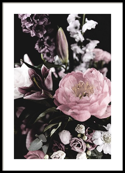 Dark Flowers No4 Poster in the group Posters & Prints / Photography at Desenio AB (13215)