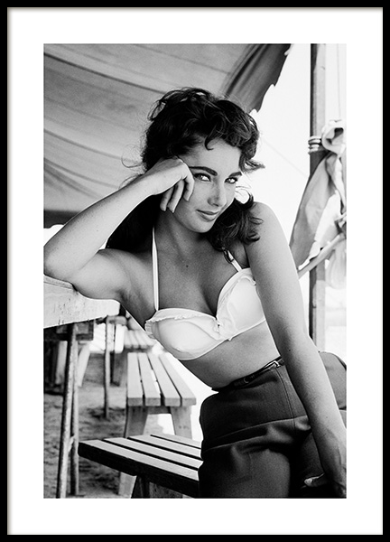 Elizabeth Taylor Poster in the group Posters & Prints / Iconic photos at Desenio AB (13583)