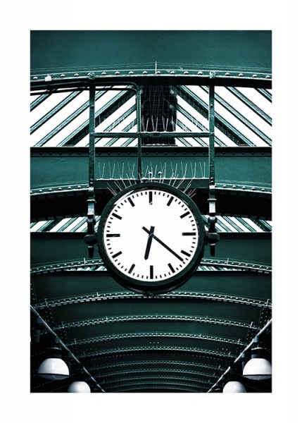 Clock in Subway Station Poster in the group Posters & Prints / Photography at Desenio AB (13660)