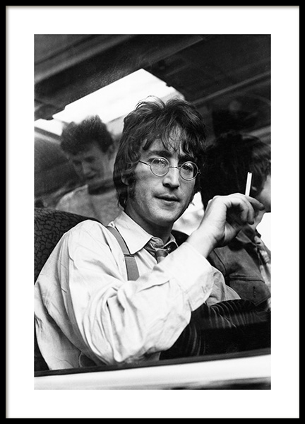 John Lennon Poster in the group Posters & Prints / Iconic photos at Desenio AB (14631)