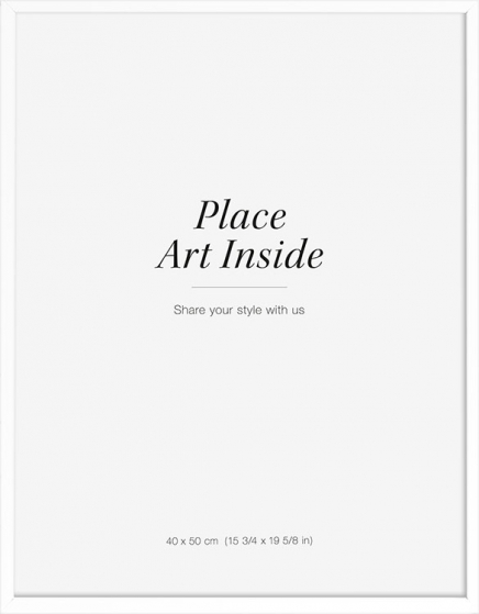 - White wood frame fitting posters in 40x50