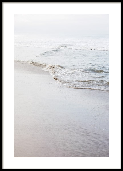 Calm Shoreline Poster in the group Posters & Prints / Photography at Desenio AB (co0032)