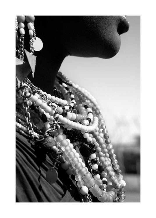 Beaded Jewelry Poster / Black & white at Desenio AB (11469)