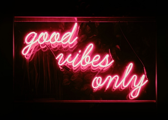 Good Vibes Neon Poster / Text posters at Desenio AB (12034)