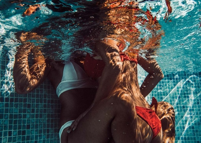 Pool Girls Poster / Photography at Desenio AB (8959)
