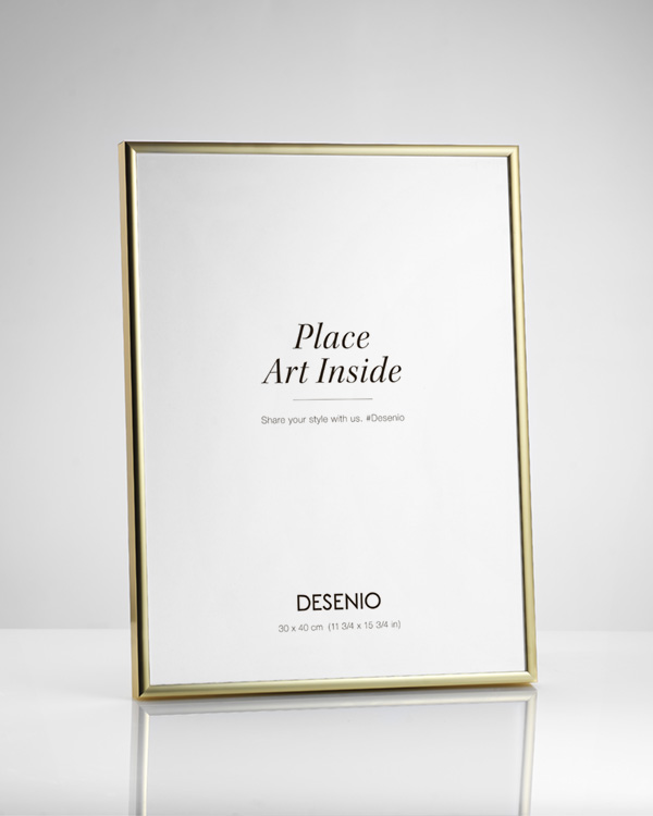 - Gold metal frame fitting posters in 21x30