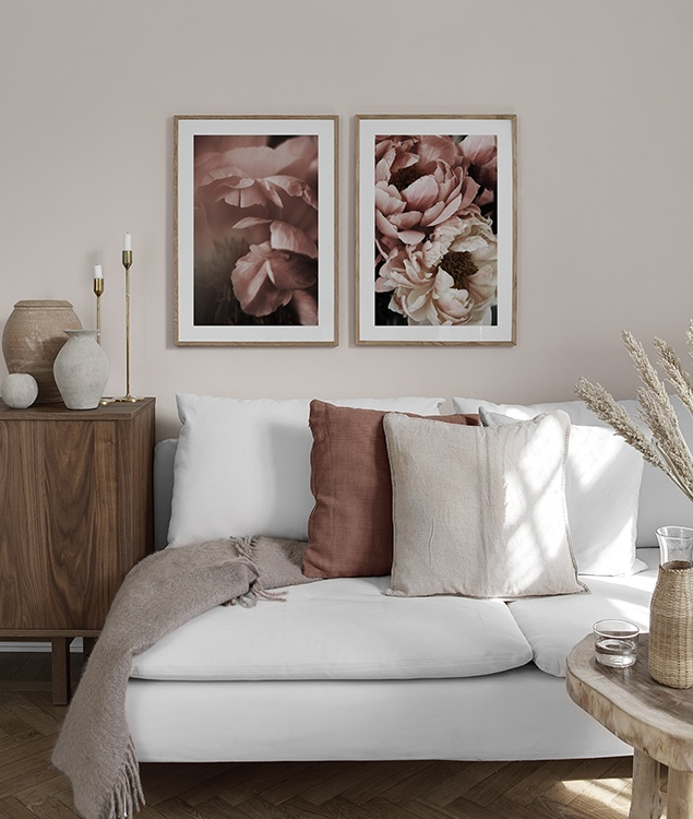 Posters for the bedroom, featuring pink florals - Desenio.com